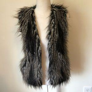 H&M Faux Fur Vest Size 4 Open Front